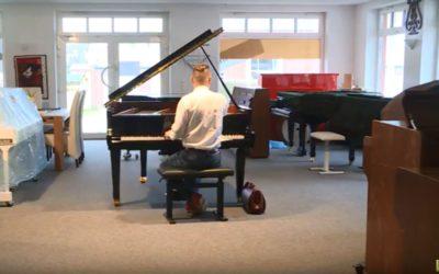 Ein Klavier geht auf Reisen